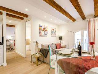 Vintage Suite 1 (2BR) - Barcelona vacation rentals
