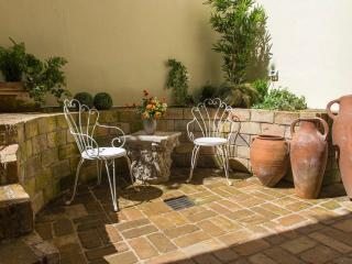 Character Trastevere Luxury with Spa and Patio - Rome vacation rentals