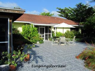 2 bedroom Condo with Internet Access in Freeport - Freeport vacation rentals