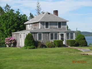 Nice House with Deck and Internet Access - Brooklin vacation rentals