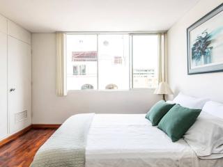 ►►► Close Marriott and Larcomar, 1BD Apartment - Lima vacation rentals