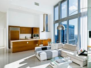 Art Basel - Icon Brickell - volume in the sky - Miami Beach vacation rentals