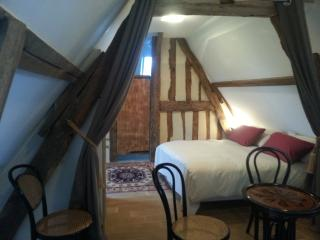 Romantic 1 bedroom B&B in Tourgeville - Tourgeville vacation rentals