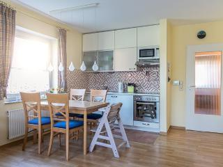 Twillinghus Ferienwohnung RitaMare - Aurich vacation rentals