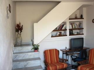 Casa nel centro storico di Posada - Posada vacation rentals