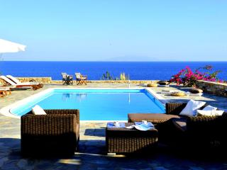 Seafront Villa with private pool in Antiparos - Faros vacation rentals