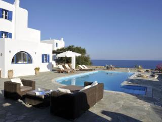 Seafront Villa with private pool in Antiparos - Antiparos vacation rentals
