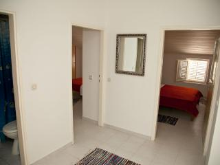 Mimi 7 - Apartment for 5  (4+1) with air condition, Wi-Fi, 30m away from the center and the sea - Island Pag vacation rentals