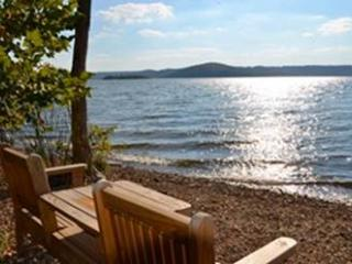 Lake Front and Lake View Emerald Point  Condo - Branson vacation rentals