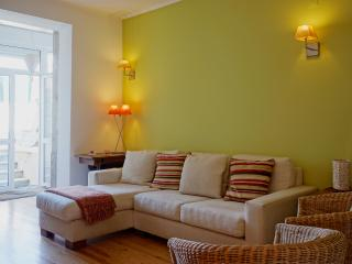 Feels Like Home Graça Apartment with Pool - Lisbon vacation rentals