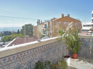 Feels Like Home Royal Apartment - Lisbon vacation rentals