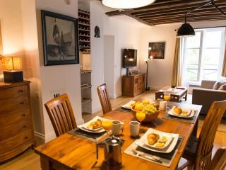 Tasteful Marais 1 bedroom Apartment - Paris vacation rentals