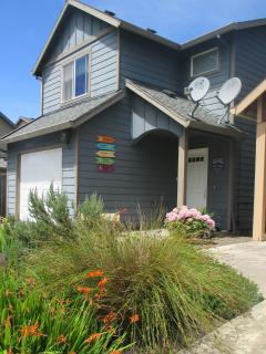 The Scallywag Beach House, Minutes to Beach - Rockaway Beach vacation rentals