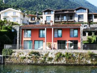 Absolute Lakeshore Holiday Idyll - Ossuccio vacation rentals