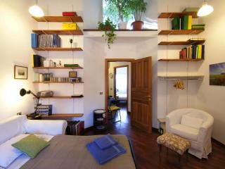 39rentals-Mary | Cosy 2 bedroom near Cso Como - Milan vacation rentals
