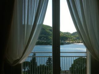 The window on the lake como city - Como vacation rentals