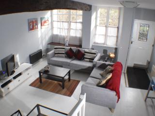 2 bedroom House with Deck in Dinan - Dinan vacation rentals