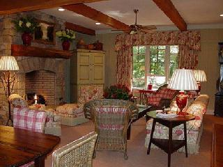 Village Walk- 3/3-walk to everywhere - Highlands vacation rentals