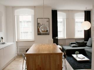 Neukölln Kreuzberg Stylish pad 5! - Berlin vacation rentals