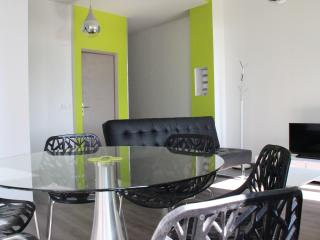 City Suite - Tourcoing vacation rentals