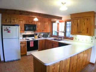 Short Walk to Canoe Pond with private setting - BR0511 - Brewster vacation rentals