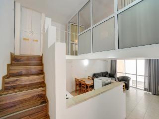 Amazing Suite one bedroom suite with patio - Tel Aviv vacation rentals
