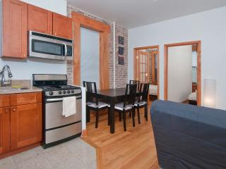 Cozy 2BR Apartment in Midtown East on East 52 St - New York City vacation rentals