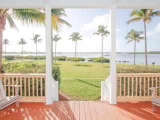 Waterfront luxury Villa (54) with spectacular sunset views and boat slip - Marathon vacation rentals