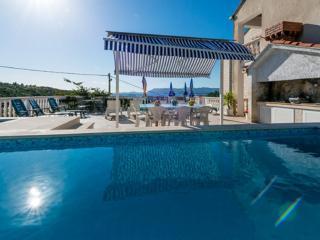 Villa Arka - One-Bedroom Apartment with Sea View (3Adults) - Cavtat vacation rentals