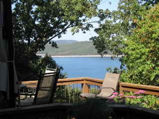 Nice 2 bedroom House in Eureka Springs - Eureka Springs vacation rentals