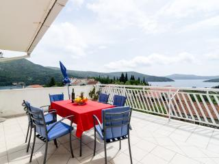 Apartments Katarina- Two-Bedroom Apartment with Terrace and Sea View - Ston vacation rentals