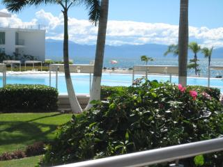 Beautiful 1 Bedroom With a Den With 2 Pools in The - Nuevo Vallarta vacation rentals