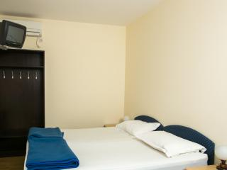 Apartments Pralas- Studio with Sea View and Balcony-2 - Mokosica vacation rentals