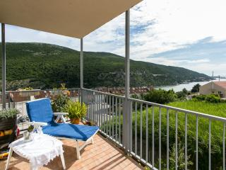 Apartment Tomy- One-Bedroom Apartment with Balcony and Sea View - Mokosica vacation rentals