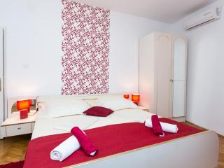 Apartments Lotea - Studio Apartment - Cavtat vacation rentals