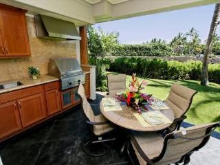 Waikoloa Beach Villas F3. Hilton Waikoloa Pool Pass Included for stays thru 2017 - Waikoloa vacation rentals