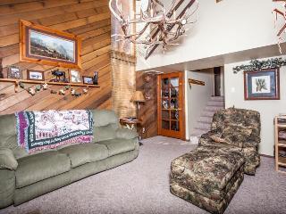 Pet-friendly/family-friendly condo close to slopes! - Brian Head vacation rentals