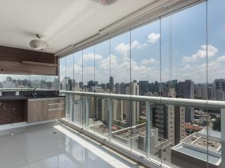 Sleek Studio Apartment in Vila Olimpia - Sao Paulo vacation rentals