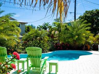 Coastal Cottage: 3BR Pet-Friendly Pool Home - Anna Maria vacation rentals