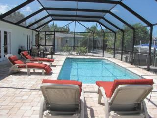 Nice House with Deck and Internet Access - Bradenton vacation rentals