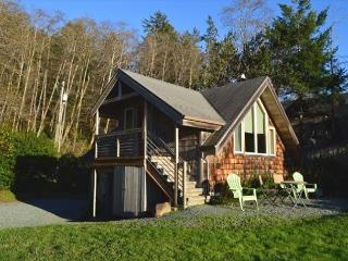 THE GETAWAY for romance in the NeahKahNie Neighborhood of MANZANITA - Neahkahnie Beach vacation rentals