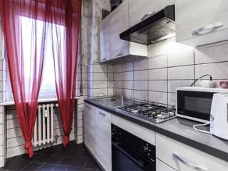 Two bedroom apartment close to RHO Fairgrounds - 1825 - Milan vacation rentals