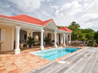 Flamands hillside villa with elegant décor & peaceful surf sounds\ WV HBV - Flamands vacation rentals