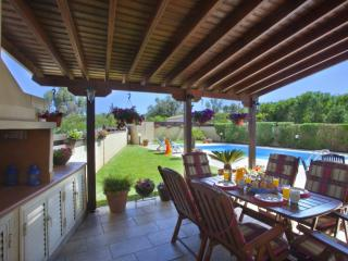 Cozy 3 bedroom Protaras Villa with Internet Access - Protaras vacation rentals