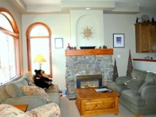 Powder Ridge Townhouses - 05 - Sun Peaks vacation rentals