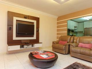 Casa Tropicana Condominium, 3 bedrooms Unit - Petaling Jaya vacation rentals