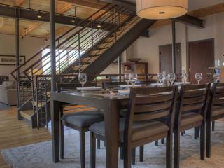 Perfect House in Steamboat Springs with Internet Access, sleeps 11 - Steamboat Springs vacation rentals