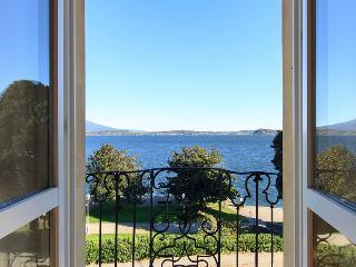 Nice douplex apartment on Lake Maggiore Belgirate - Lesa vacation rentals