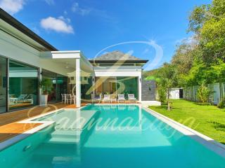 Baannaraya Villas Near 7 Beaches C5 - Nai Harn vacation rentals
