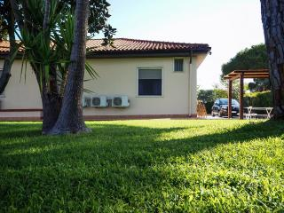 Mammamiachecasa - Gala - FREE wifi unlimited - Minturno vacation rentals